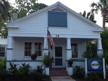 THE Closest Historic Home in Apalachicola to the WARF and Apalach Marina!