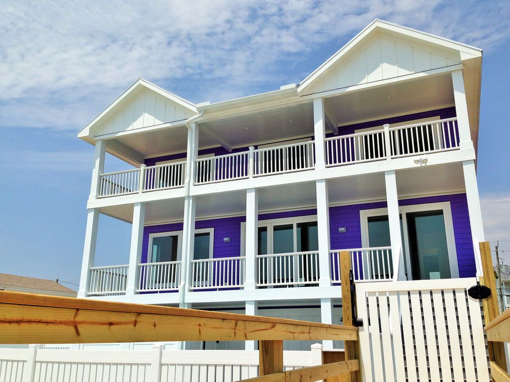 9 Bedroom Vacation Rentals Of Awesome Oceanfront Kure Beach Private Pool Vrbo