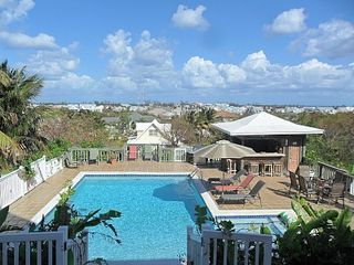 Nassau & Paradise Island cottage photo - Access to Pool and Tiki Bar with Ocean View