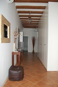 La Ribera El Borne apartment rental - Hallway with lots of cupboard space