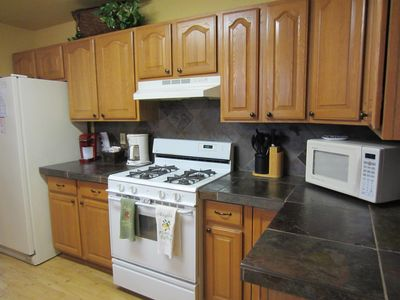 Fully equipped kitchen w/Kuerig, all appliances, cooking utensils, pots, pans