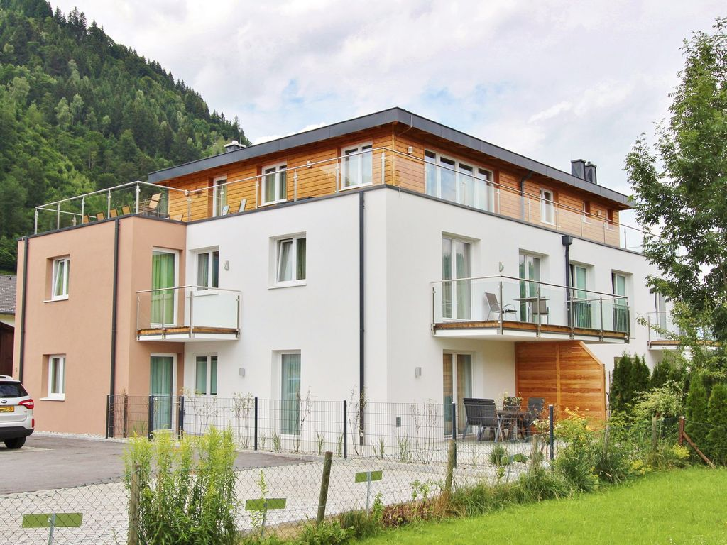 Luxury accommodation, 87 square meters, with garden