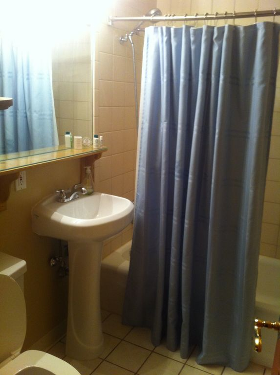 Lower level studio full bathroom