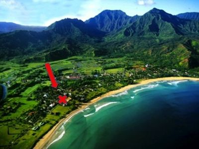 Prime location! Steps from Hanalei Bay and a 3 minute walk from town!
