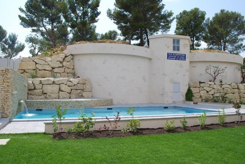 House, 100 square meters, with pool