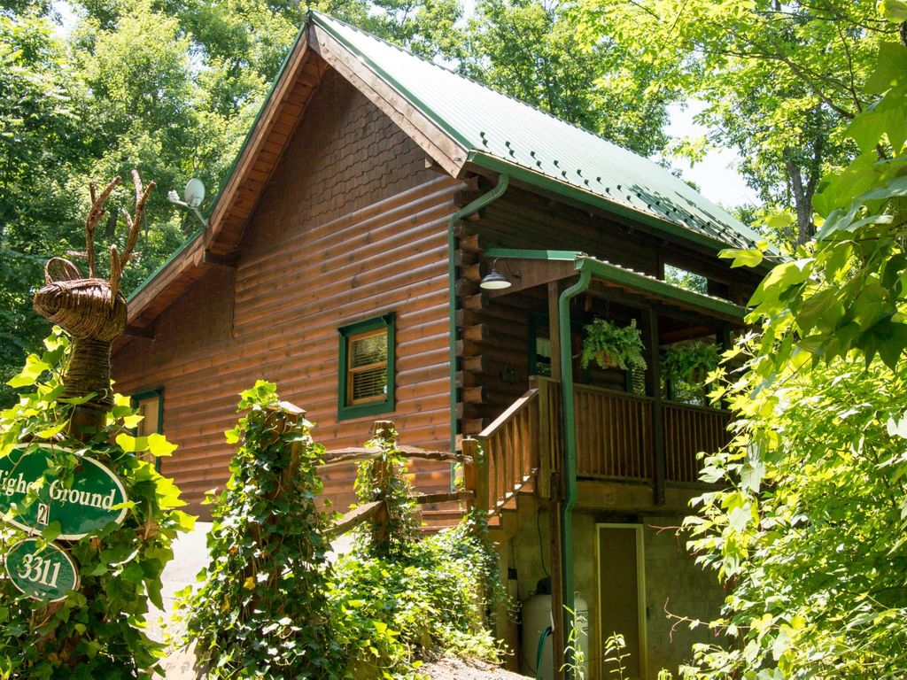 Fantastic 2 Bedroom Cabin Perfect For Vrbo