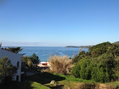 Villa sea views, have breakfast with the waves!