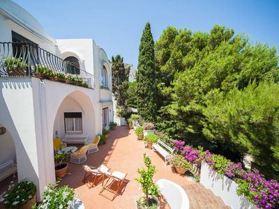Beautiful Villa a few steps from the famous Piazzetta. Up to 13 pax