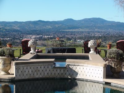 Day or night, sitting in the Spa high above the City of Napa. Unbeatable!