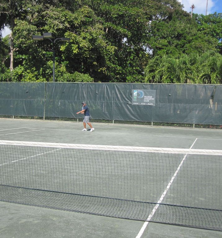 One of the 22 tennis courts at Palmas - hard courts, har-tru, and omni courts