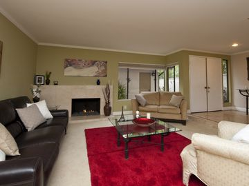 Anaheim Hills townhome rental - Living room with fireplace
