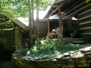 Boone cabin photo - Relax and Enjoy the Creek at the Shady Porch
