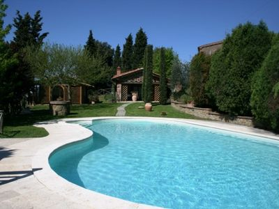 Stone house with garden, private pool, community room with kitchen, ideal for groups