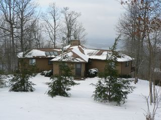 Hiawassee chalet photo - 'The Overlook at Lake Chatuge' a.k.a. 'Eye Candy'