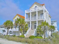 Stunning Home!! Amazing Gulf Views, Private Pool, Game Room, No Road to Cross