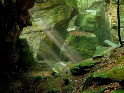 sun Rays at the Ledges photo by Tom Jones