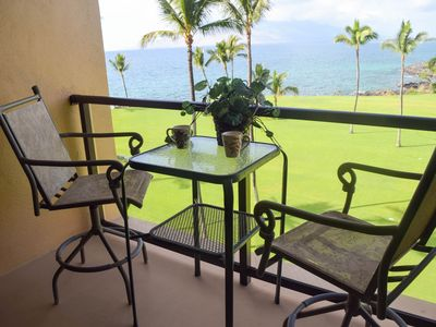 Another small table on lanai