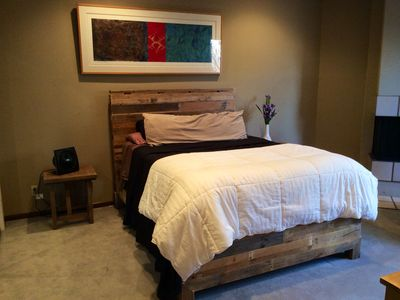 Master suite with queen sized memory foam mattress.
