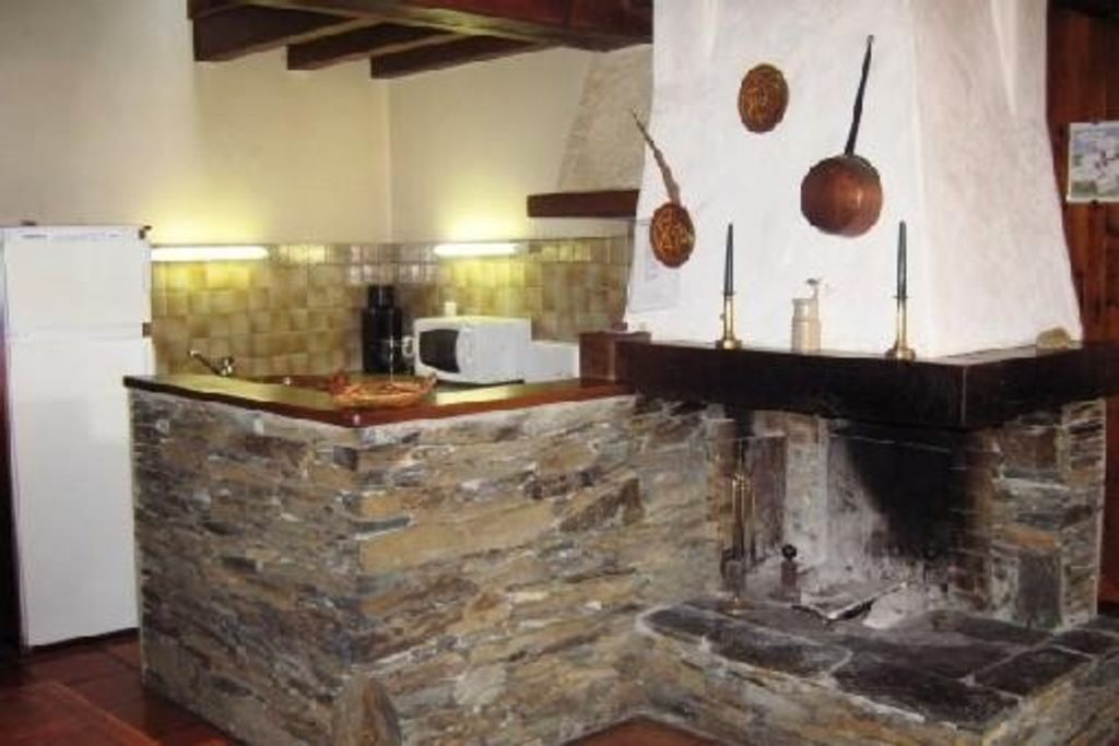 3étoiles beautiful cottage in mountain character in small Pyrenean village