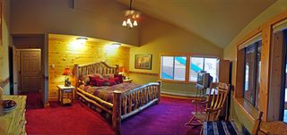 Pagosa Springs house photo - Bear Room on Level 2 by Mezzanine