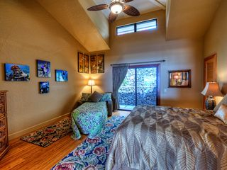 Kailua Kona house photo - Spacious third bedroom with the twin hide-a-bed open.