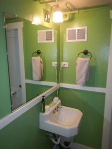 Small and functional bathroom
