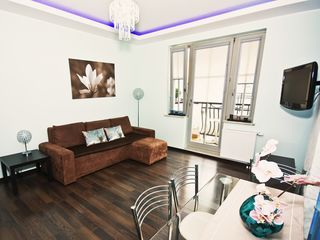 Sopot apartment photo - Living room with fully equipped open kitchen, view 3