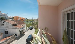 Estoril apartment photo - View from the front of the house. Very quiet street (local restaurant in front)