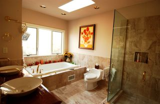 Montauk house photo - Master Bathroom with Jacuzzi Tub