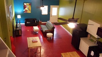 Faubourg Marigny studio rental - NEW listing-all new furnishings