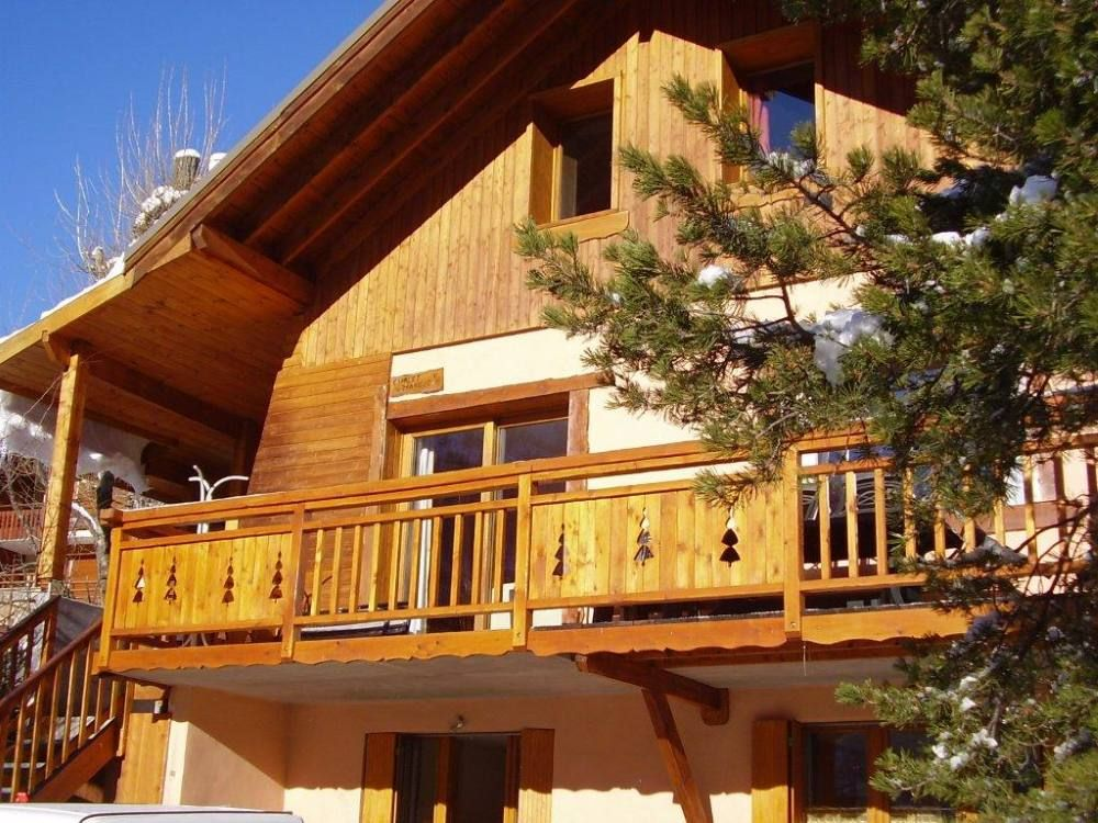 serre chevalier 1400 chalet serre chevalier homeaway briancon region. Black Bedroom Furniture Sets. Home Design Ideas