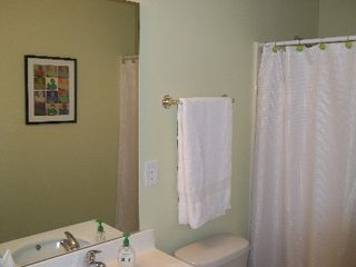 Ocean Reef condo photo - Master bath