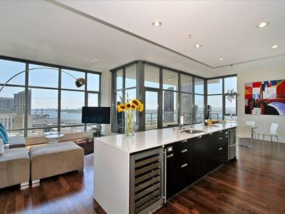 "Modern Furnished Living Room with 50"" Plasma and Giant Views of the City and Bay"