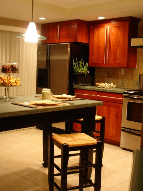 Kitchen completely equipped with everything you need to feel like home.