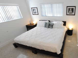 Deerfield Beach house photo - BEDROOM 2 W/ KING BED