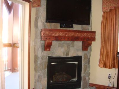 Master and Guest bedrooms with fireplace, HDTV, DirecTV with recording, balcony