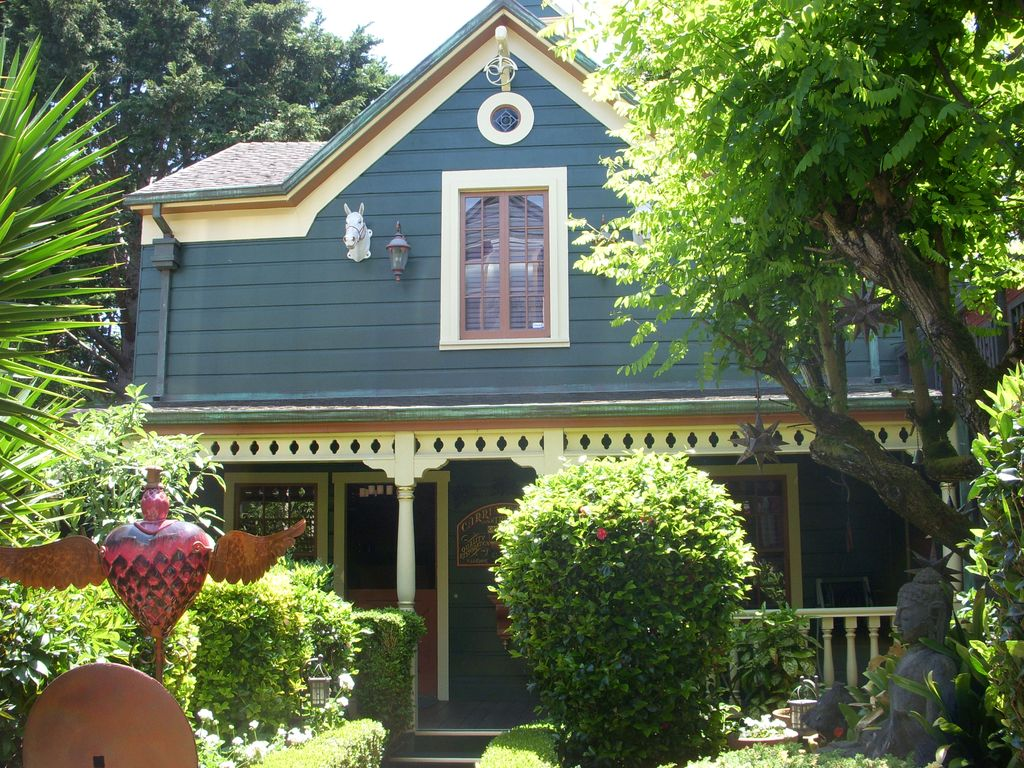 San Francisco Carriage House Historic Very Romantic