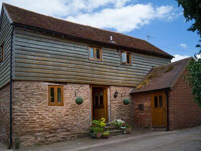 Mintridge - The Coach House - Luxury Converted Barn in Heart of Herefordshire