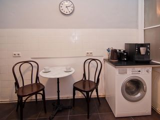Innere Stadt apartment photo - Espresso machine, kettle, toaster, washer/drier