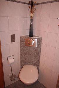 Munich house rental - Object 1) Guest house bathroom
