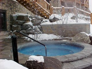 Mont Tremblant condo photo - 4-season hot tub