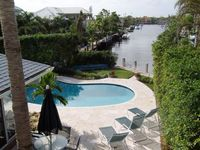 Family Home, Pool on Intercoastal Canal One Block from Beach