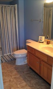 Upstairs Full Bath, Vacation home in N Myrtle Beach
