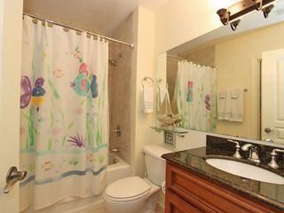 Isle of Palms condo photo - Twin bedroom's sea creature bath