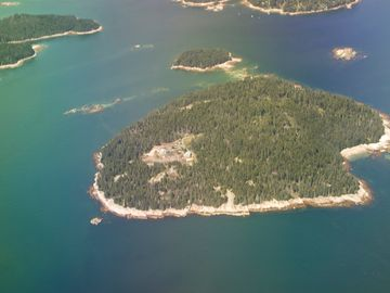 Deer Isle - Stonington lodge rental - Aerial view of Spruce Island thanks to one of our guests