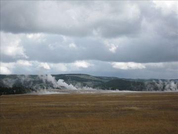 Yellowstone Parks thermal features