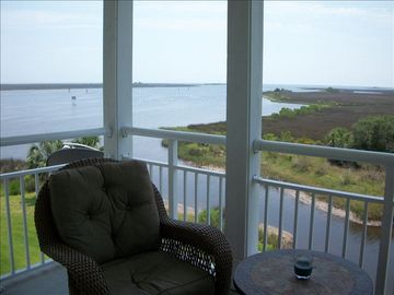 Steinhatchee condo rental - Overlooking the mouth of the Gulf of Mexico from the screened balcony