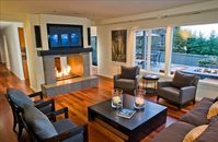 Luxury Queen Anne Residence180� Sound View - Available Sept 1 - Oct 1