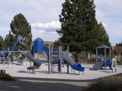 Take a short walk to Mammoth Creek Park