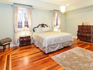 Staten Island house photo - Master Bedroom w/ King Size Bed